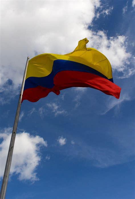 bandera de colombia stock photo freeimagescom
