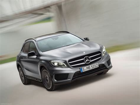 Mercedes Gla Class Photo by Mercedes Gla Class Photos Photogallery With 166
