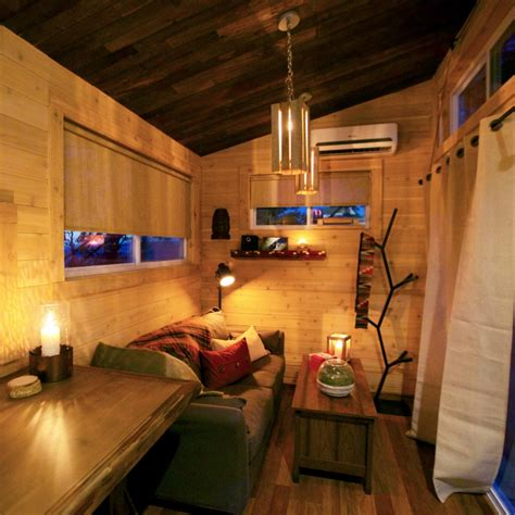 fyi tiny house nation episodes with a tiny home it s possible to stay modern while still keeping a cozy and warm atmosphere