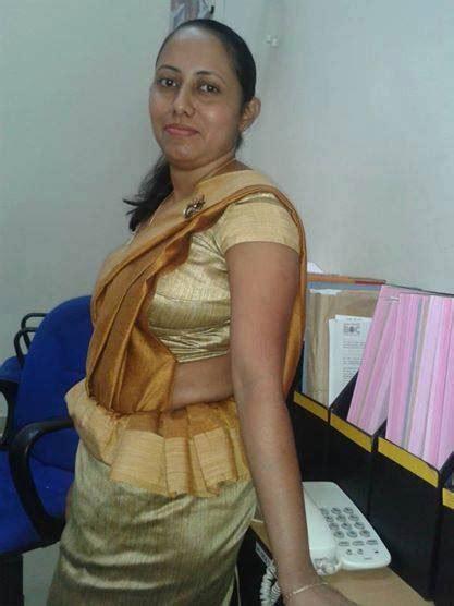 Sri lankan Girls In Saree - Home | Facebook