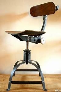 Chaise Haute Industrielle : chaises en acier brut vers 1950 ~ Teatrodelosmanantiales.com Idées de Décoration