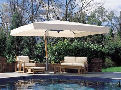 Large Outdoor Cantilever Umbrellas by Best 25 Pool Umbrellas Ideas On Garden
