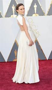 Olivia Wilde at the 2016 Academy Awards|Lainey Gossip ...