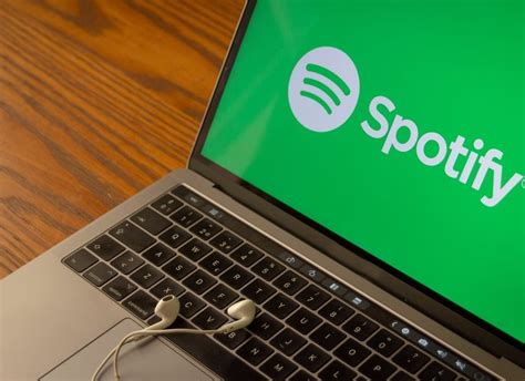 Listening to music is not a difficult thing these days. How To Download Songs From Spotify To Computer - iAnyShare