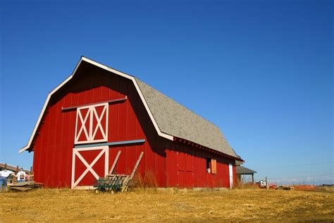 Why Barns Are Red And Other Traditional Paint Colors