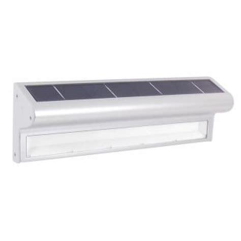 kensington solar powered outdoor wall light ss9833