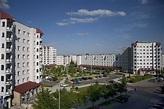 Poland, Lodz, os.Radogoszcz - plac słoneczny   Łódź ...