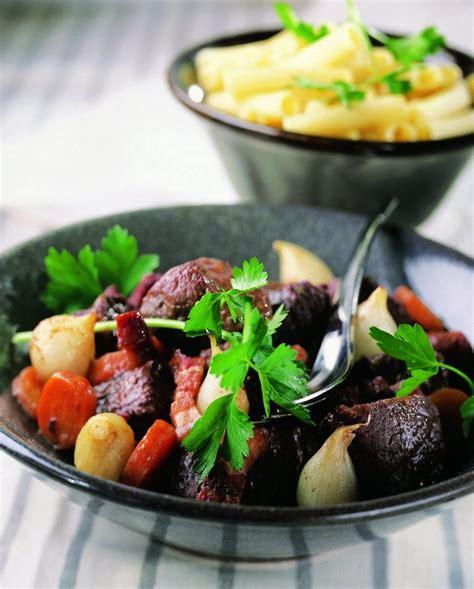cuisine et vins recettes recette le bœuf bourguignon cuisine et vins de
