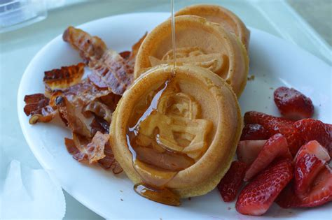 disney cuisine 8 ways to save big on food at wdw