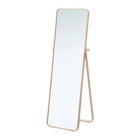 ikornnes miroir sur pied ikea