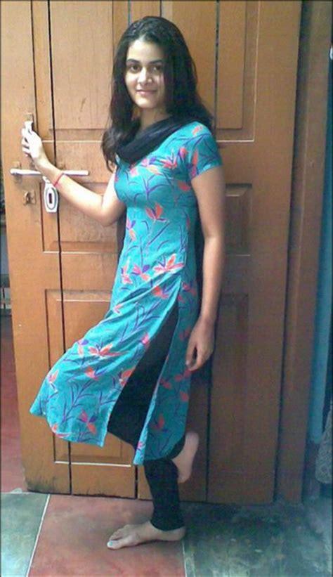 Desi Indian Girls Delhi Girls In Tight Salwar Means Bomb