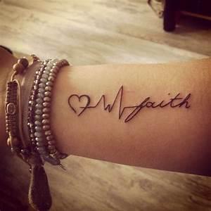 Tattoo Hoffnung Symbol : tattoo glaube liebe hoffnung bedeutung und 21 coole beispiele tattoos zenideen ~ Frokenaadalensverden.com Haus und Dekorationen