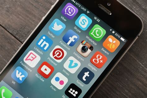 top 8 smartphone apps are owned by and dmn
