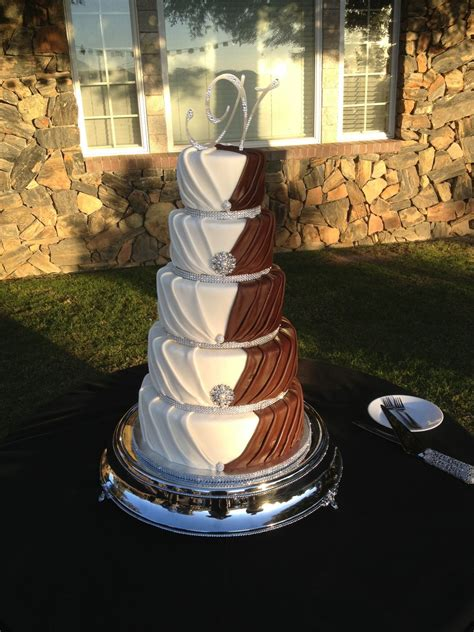 His And Wedding Cakes by His And Hers Wedding Cake Insperation