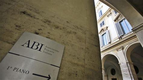 assunzioni banche lavoro altre mille assunzioni nelle banche italiane con