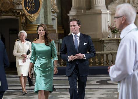 princess madeleine  sweden  birth newborn daughter