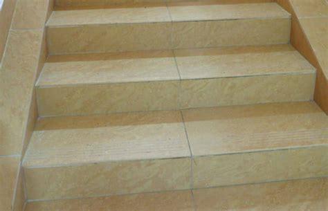 teppich auf einer treppe verlegen  wirds gemacht