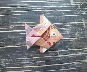 Geldscheine Falten Baum : fisch falten aus geldschein einfache anleitung ~ Lizthompson.info Haus und Dekorationen