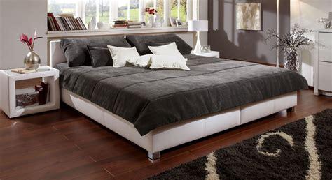 Schöne Tagesdecken Für Betten by Halblange Tagesdecke F 252 R Ihr Doppelbett Kaufen Amadeo