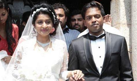 meera jasmine  married  anil john titus  police