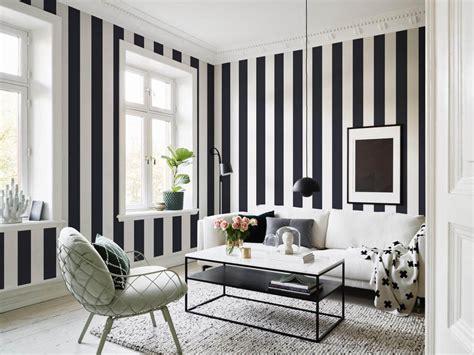 Striped Wallpaper Living Room Ideas by 5 Stylishe Wohnzimmer Ideen Und Ihre Key Pieces Deco Home