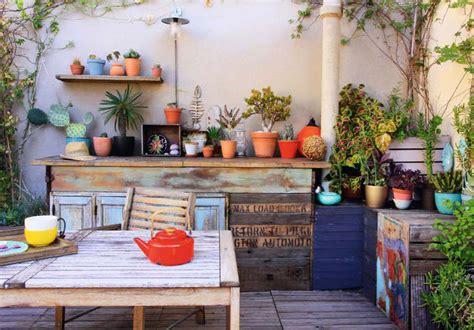 meubles de patio comment bien le belmon déco décorer ce mur triste sur la terrasse