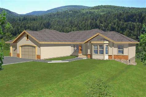 contemporary ranch  law suite house plans home design rdi  db