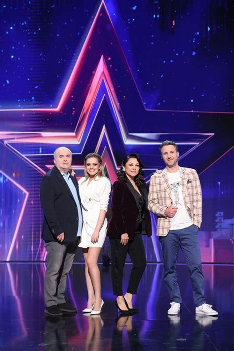 Emisiunea îi are drept prezentatori pe smiley și paveș bartoș. Când începe Românii au Talent 2021. Schimbări importante ...