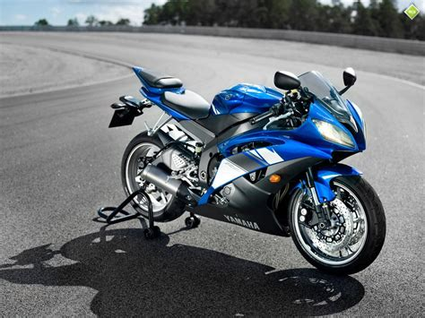 2011 Yamaha R6 Sports Bike In India