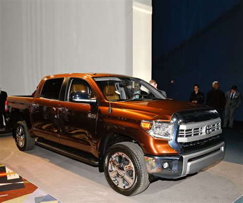 toyota tundra rumors review  cars review