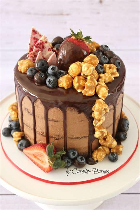 chocolate mud cake  dark chocolate ganache drizzle