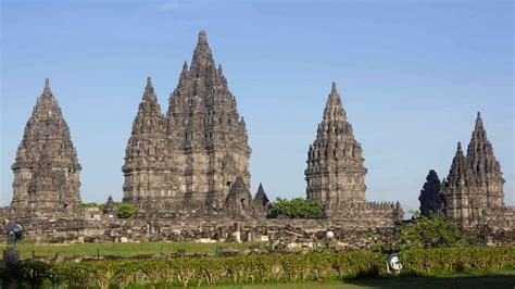 the popular hindu temple in indonesia vacation bali indonesia