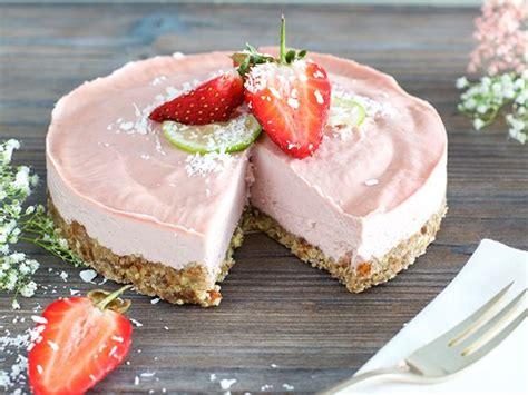süßigkeiten torte ohne backen erdbeer creme torte ohne backen eat smarter