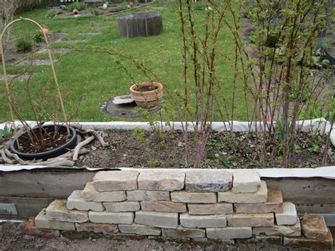 beeteinfassung stein selber machen mein naturgarten der kleingarten als biotop