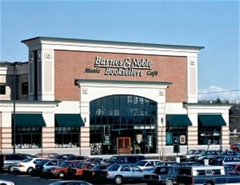 barnes and noble holyoke barnes nobles sold 1 6 million books via annual