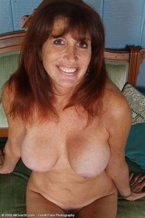 Hot Older Redhead Mom Shows Her Goodies Pichunter