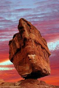 Balanced Rock In The Garden Of The Gods  Colorado Springs