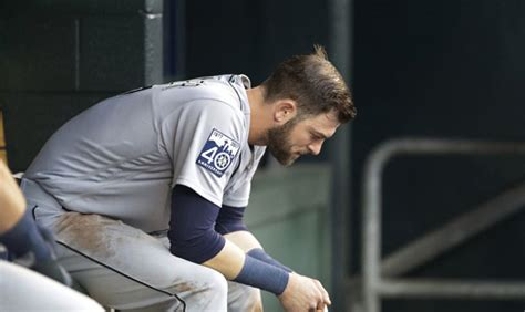 mariners lose game mitch haniger  possibly felix