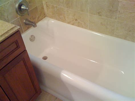 Reglazing Sinks And Tubs by Milwaukee Bathtub Sink And Tile Refinishing And Repair