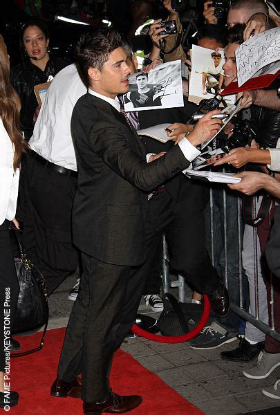 dennis quaid and zac efron zac efron and dennis quaid at any price premiere 2018