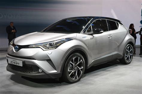 Toyota Chr Hybrid Picture by Toyota S Vezel Fighter C Hr Will Be Available With A 1