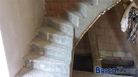 Construire Un Escalier En Béton Cellulaire by Escalier B 233 Ton Quart Tournant Photos