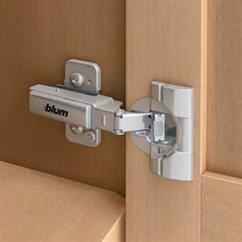 self closing kitchen cabinets 95 degree cliptop blumotion inset self closing dowel 5113