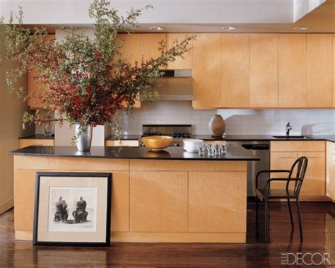 backsplash in kitchen pictures 25 best ideas about light wood cabinets on 4266