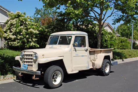 west sacramento photo   day  classicwillys jeep pickup truck