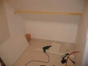 faire soi meme placard sous pente fixation de la poutre With comment faire des portes coulissantes