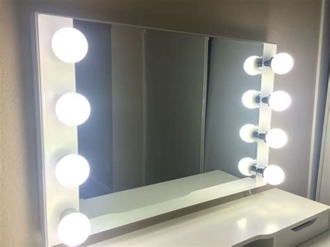 Vanity Mirror Lights by Lighted Vanity Mirror For And Fashionable Makeup