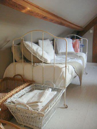 canapé lit en fer forgé les 25 meilleures idées de la catégorie lits en fer forgé