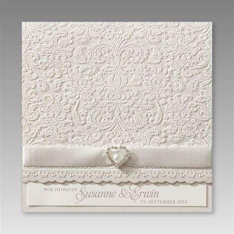 klassische einladungskarte zur hochzeit mit strass stein herz