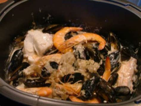 cuisiner choucroute cuite recettes de choucroute cuite
